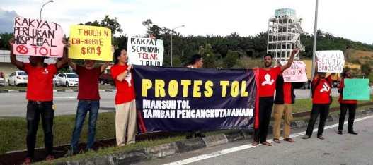 protes tol02.jpg