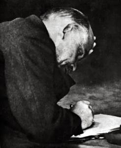 01 Lenin Writing.jpg