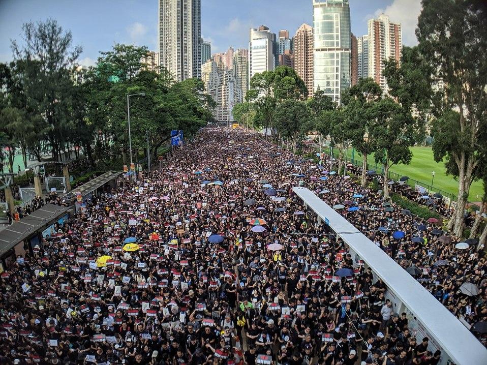 20190619 - 1200px-190616_HK_Protest_Incendo_03.jpg