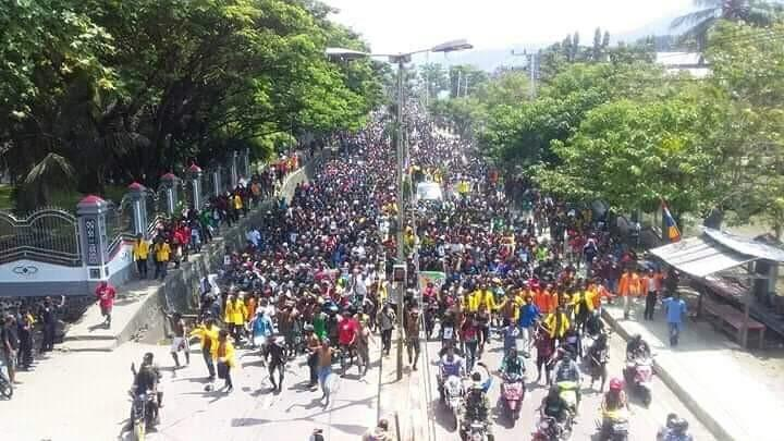 20190819- eight_col_Protest_march_in_Jayapura_against_racism_towards_Papuans_in_Indonesia__19_August_2019.jpg