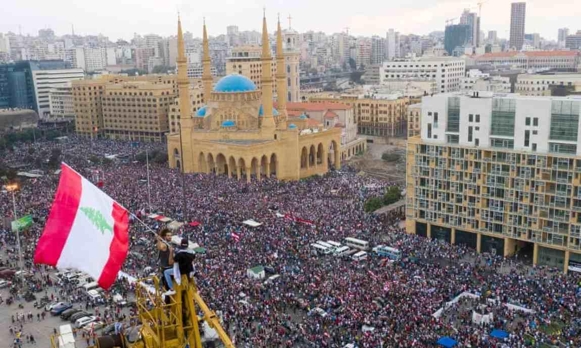 20191021 - Beirut Wael Hamzeh - EPA.jpg