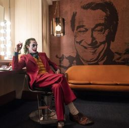 20191021 joker-joaquin-phoenix-movie-image-1-1570015496.jpeg