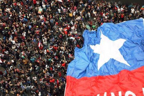 20191101 - chile AP Rodrigo Abd - 11643212-3x2-700x467